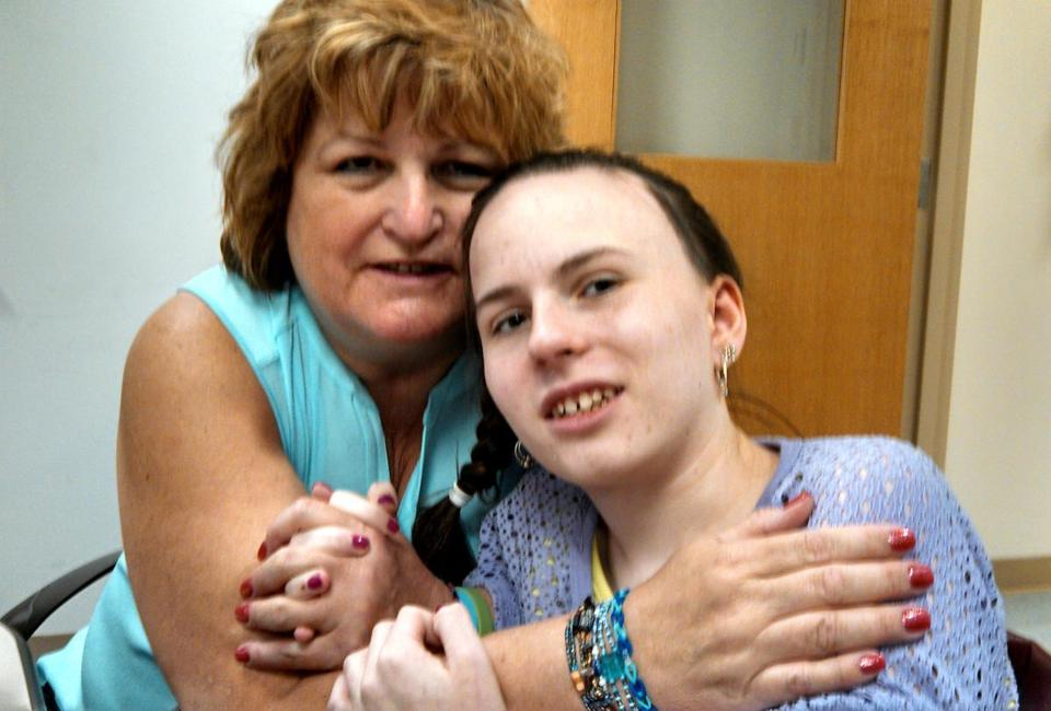 Justina Pelletier, right, with her mother, Linda.